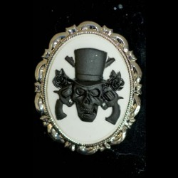 Broche camafeo skull and guns
